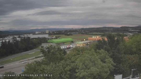 Webcam autoroute A2 en Suisse, à l'est de Bâle, au niveau de la sortie et du Ikea PratteIn